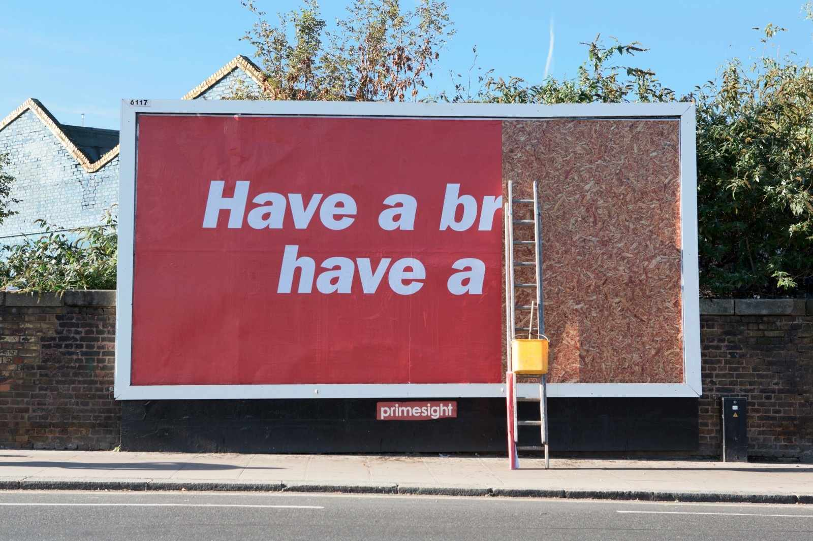billboard-design-tips-and-examples-kitkat_aotw