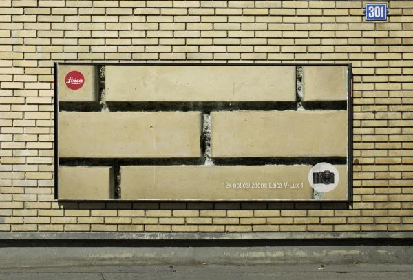 billboard-design-tips-and-examples-leica-v-lux-1-ivy-small-2