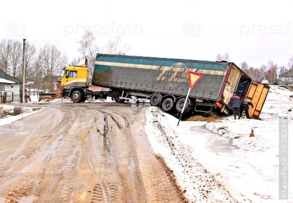 bad-roads-32